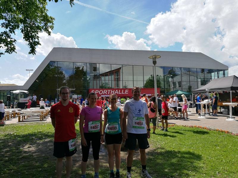 Team miraconsult vor dem Benefizlauf in Kalsdorf.